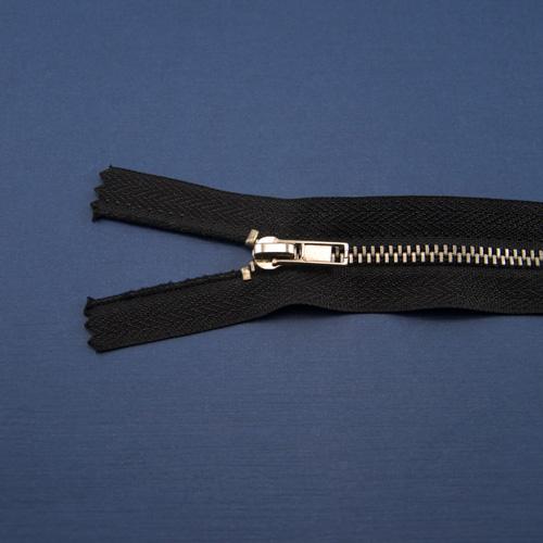 Молния металл никель, черная 22 см