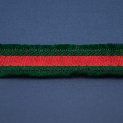 Тесьма зеленая с красны мохнатая